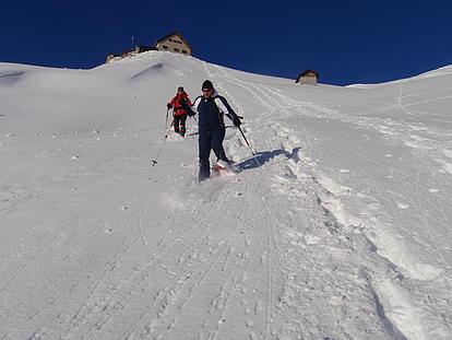 Abstieg von der Rastkogelhütte mit Schneeschuhe