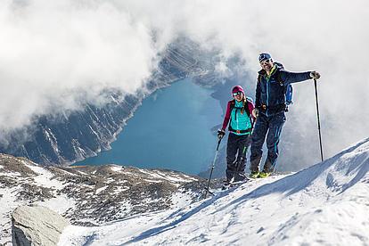 Skitouren mit Blick auf den Schlegeisspeicher