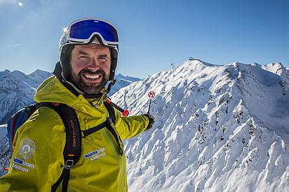 Bergführer Bernhard findet immer die besten Powderlines