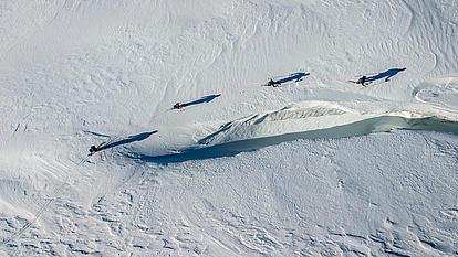 Der Weg durch die Gletscherspalten