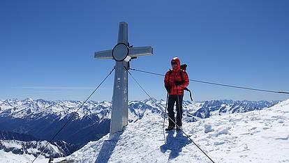 Unser Bergführer Thomas am Schwarzenstein Gipfel
