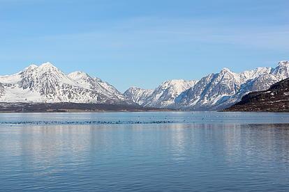 Skitourenziele in Norwegen mit den Schiff als Basislager