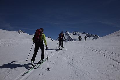 Aufstieg bei der Skidurchquerung Hochtirol