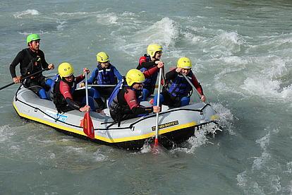 alles vorwärts ruft der Rafting Guide