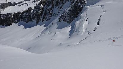 Abfahrt durch die Gletscherspalten